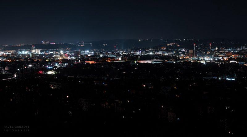 Brno při vypnutém městském osvětlení. Foto: Pavel Gabzdyl, HaP Brno.