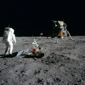 Otázky z kozmonautiky som hravo zvládol... Foto: NASA/Apollo 11.