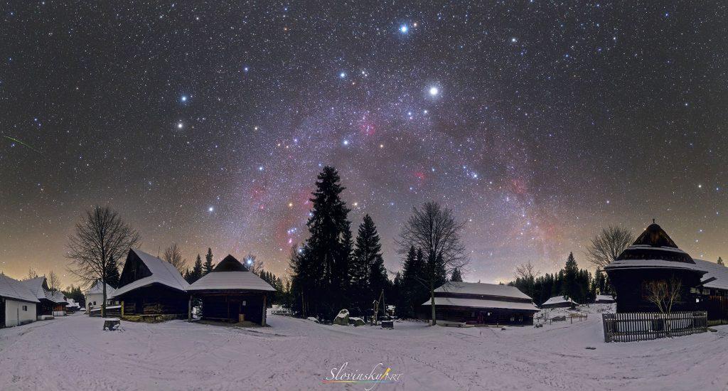 Múzeum oravskej dediny, Zuberec, Astronomická snímka dňa NASA z 24.12. 2019. Foto: T. Slovinský